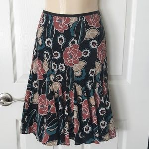 Ann Taylor LOFT floral skirt Size 6